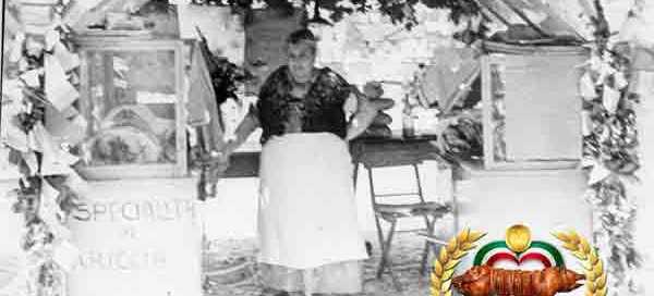 Fraschette ante litteram ai primi del secolo sulla piazza di Ariccia con venditrice di porchetta in costume tipico Sagra della porchetta di Ariccia 2020